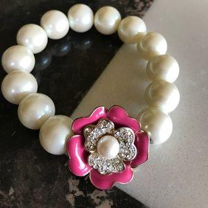 Gorgeous Pink Floral Pearl Bracelet